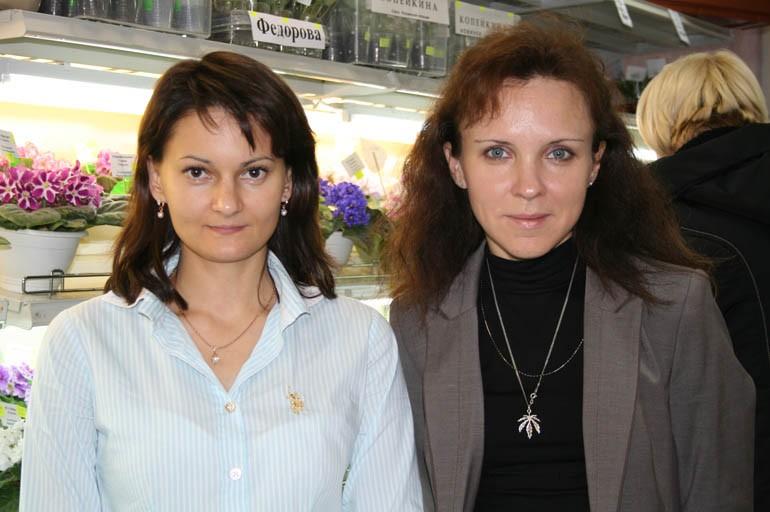 Селекционеры стрептокарпусов Ирина Кабанова и Елена Трофименко